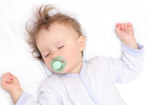 4 تکنیک خواب موثر برای نوزادان