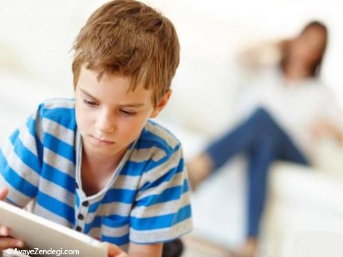 ورود تبلت و تلفن هوشمند به اتاق خواب کودکان ممنوع!